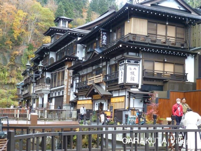銀山温泉街 (Ginzan Onsen)(山形県尾花沢市)